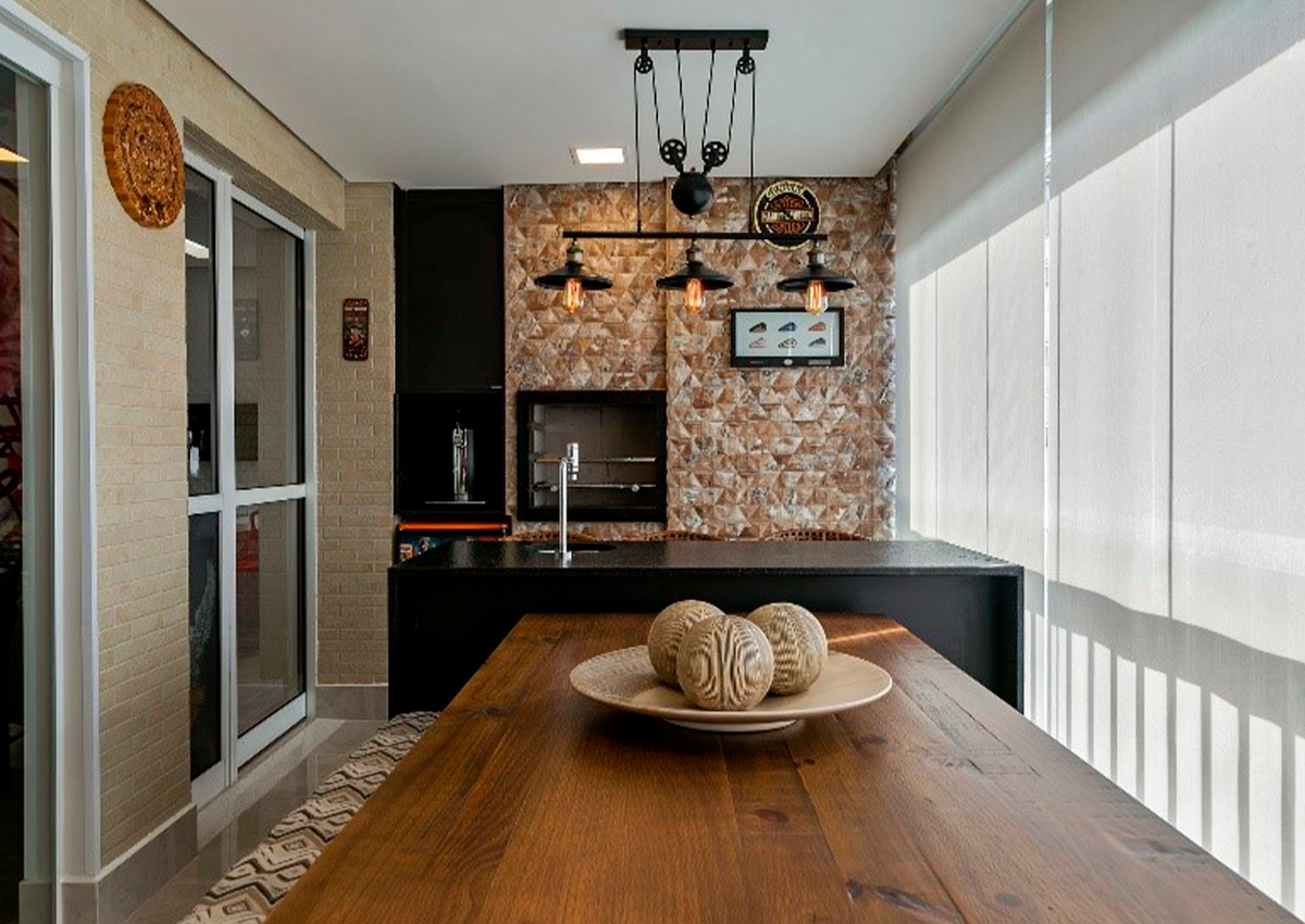 Varanda gourmet de estilo rústico | Projeto de PB Arquitetura e foto de Eric Romero